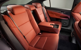 2013-Lexus-GS-350-F-Sport-rear-seating
