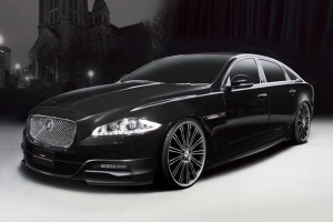 black-jaguar-xj-wallpaper-wallpaper-4