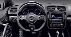 volkswagen-scirocco-r-2010- interior